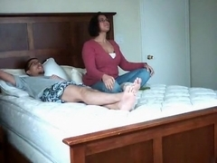 Usa couple oral, missionary, doggystyle and cowgirl action in the bedroom.