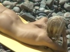 Skinny nudist with trimmed pussy and tiny tits