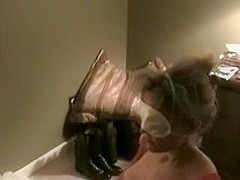 Yielding wife blindfolded take up with the tongue and monstrous facial