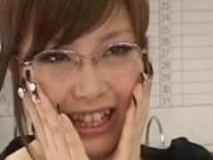 Rio Hamasaki - Maid dress and glasses