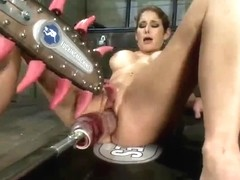 Squirting Felona gets her cunt stimulated hard to orgasm
