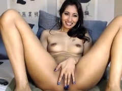 classdeb intimate movie scene on 01/12/15 08:35 from chaturbate