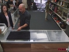 Customers wife pounded with pawnkeeper at the pawnshop