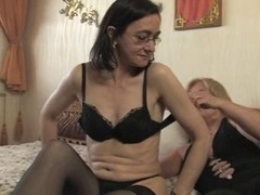 aged lesbo (sk)