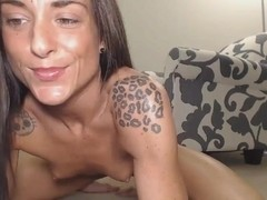 Hot Babe Fingering and Toying her Pussy and Ass