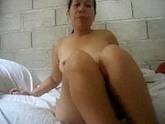 Filipina mature glenda gumagay 41 showing her big love bubbles