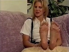 golden-haired show her sole