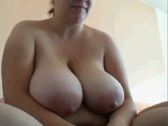 Big boob amateurs video clip shows me being naughty