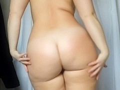 I strip and show my tatas and arse