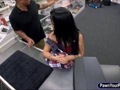 Hot latina exchange her pussy with money at the pawnshop