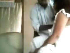 Indian girl has a missionary quickie with her man