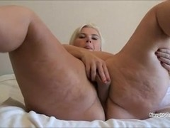 Chunky PAWG and her dangerous curves