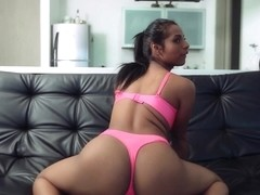 Lahia Crox in TheВ ColombianВ cocksucking and a fucking hottie - BangBros