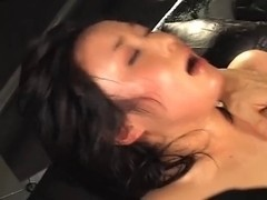 Asian squirter shows her squirting skills on this video