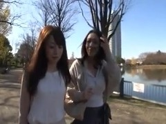 Sexy chick is masturbating in this Japan video