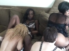 BlackGirlsWhiteSlaves: Using White Slaves