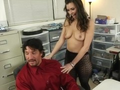 Victoria Lawson & Tommy Gunn in Naughty Office