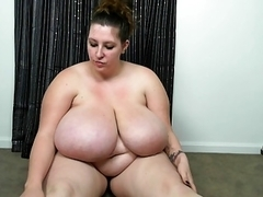 large bewitching mother Jilling Off 3