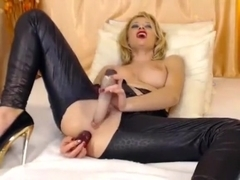 extremginger intimate movie scene on 01/22/15 18:02 from chaturbate