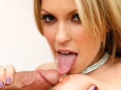 Courtney Cummz & Billy Glide in Neighbor Affair
