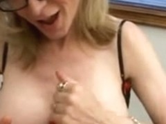 Nice-Looking blond mother i'd like to fuck with an apetite for knobs