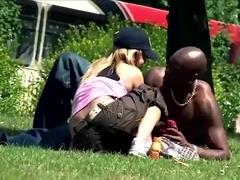 Picking up a hot milf housewife in the park