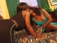 Lusty Black Lesbos Try Double Ended Dong