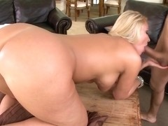 Big Round Juicy Ass on Mellaine Monroe