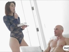 Red hot babe Kiera Winters erotic sex