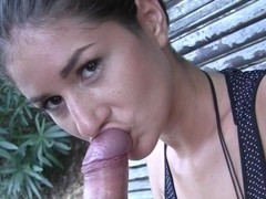 Agnessa in a guy got his amateur dick sucked by gorgeous gal