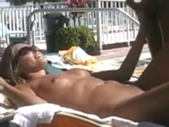 Oral Pleasure and fuck in public pool