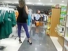 Candid Voyeur Camera In Mall Films Hot Gazoo In Yoga Panties