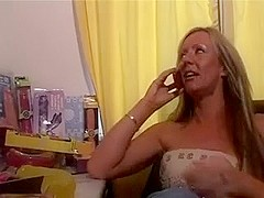UK Milf ass fucked by black dude