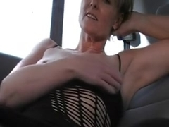 Hawt Older Wife Masturbates In The Car