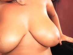 Jasmine Black in Natural Big 'Uns