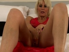 Video from AuntJudys: Jan