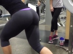 Candid phat ass in leggings part 2