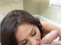 Babe anal fucks for the first time