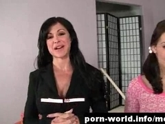 Milf Jewels Jade Teaches Gracie Glam How To Fuck