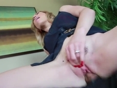 Mick Blue bangs hairy coot of Lily LaBeau