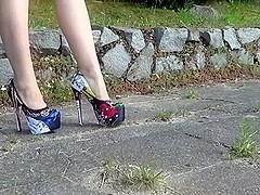 multi-color platform pumps  )