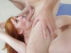 Lauren Phillips in Yoga Class - MommyBlowsBest