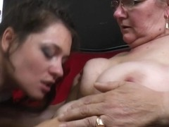 2 shaggy old and juvenile lesbian babes have joy