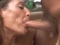Lovely MILf blonde gets the dick in her mouth and cunt