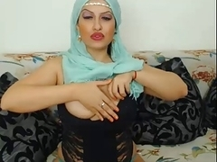 I'm rubbing my pussy in webcam homemade video
