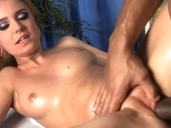 First-rate massage fuck video with blonde bombshell