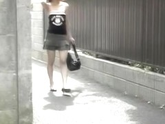 Public sharking adventure with small fragile bimbo being involved in it