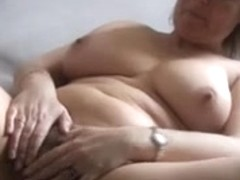 Lady Shows All 60