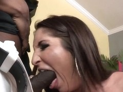 Giselle Leon bangs well with Sean Michaels