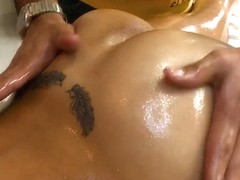 Latina beauty gets so great intimate massage